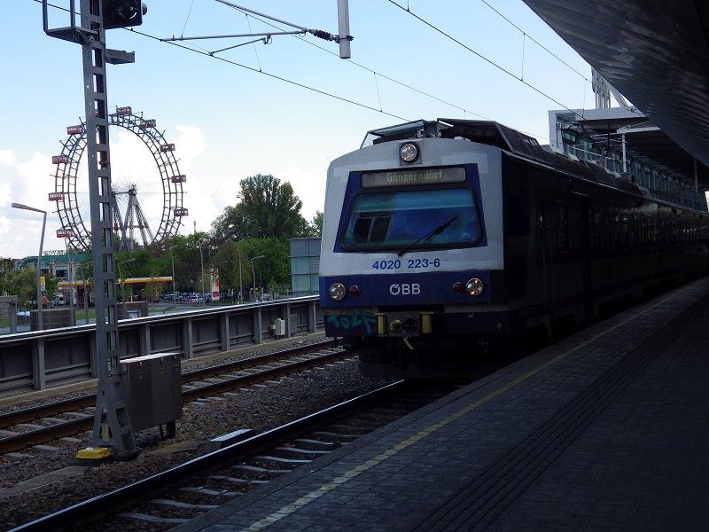 S-Bahnhof Praterstern, Wiener S-Bahn und Wiener Riesenrad