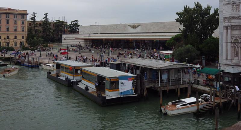 Venedig: Bus, Taxi, Gondel – Nahverkehr auf dem Wasser