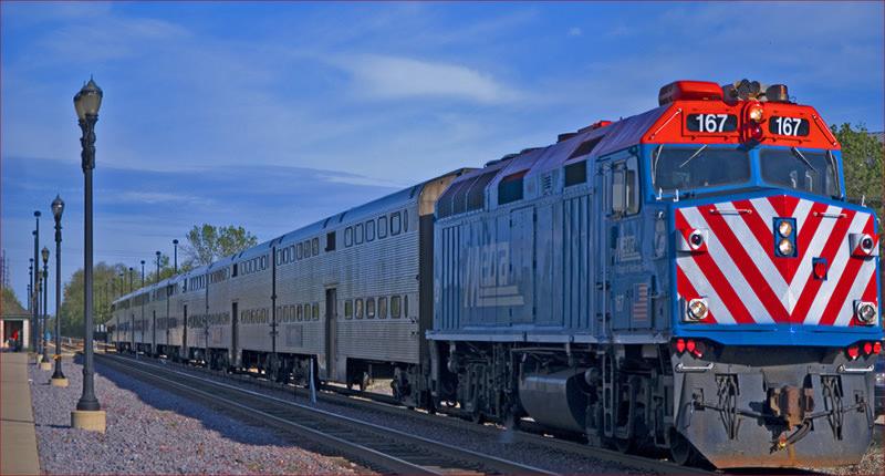Bahnunfall in Chicago: Lokfüherin filmt Crash mit PKW