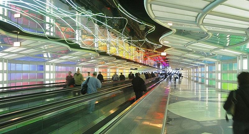 U-Bahn in Chicago: entgleister Zug fährt Rolltreppe hoch