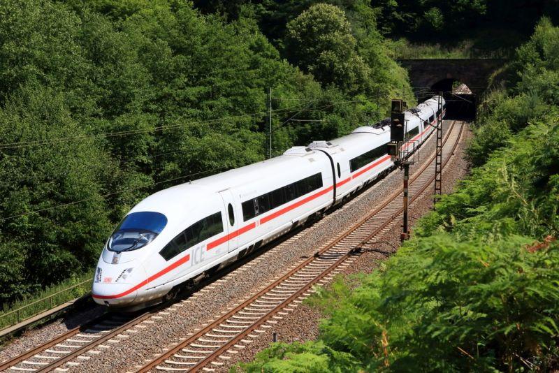 ICE 3 von Frankfurt nach Paris
