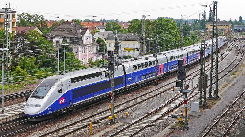 TGV Frankfurt-Paris am Hbf Neustadt/Weinstraße