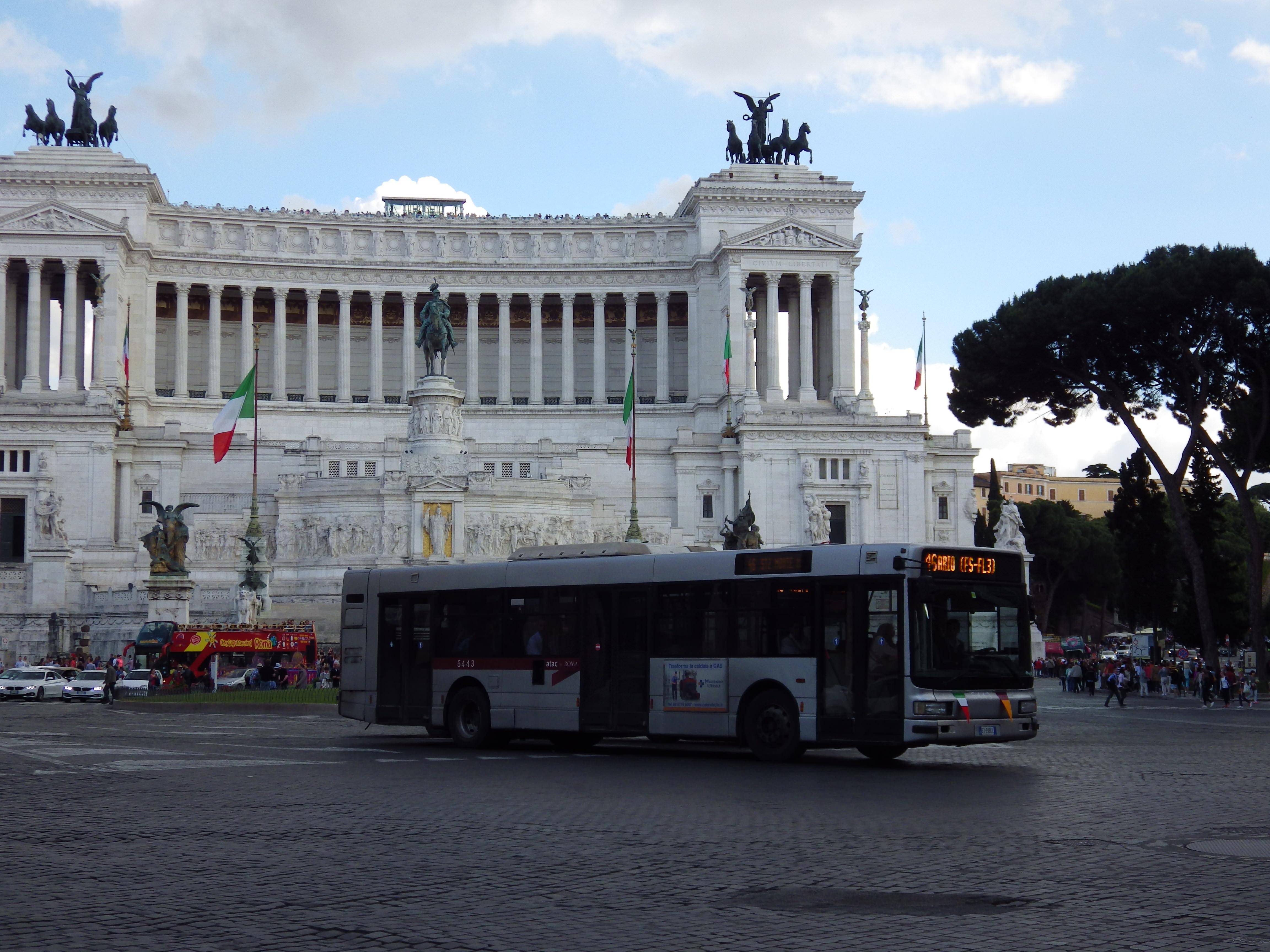 Piazza Venezia Rom mit dem Monumento Vittorio Emanuele II