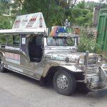 Verchromter Jeepney