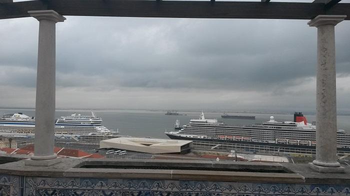 Kreuzfahrtschiffe in Lissabon